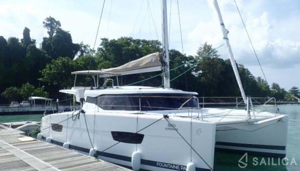 Fountaine Pajot 40 in Yacht Haven Marina - Sailica