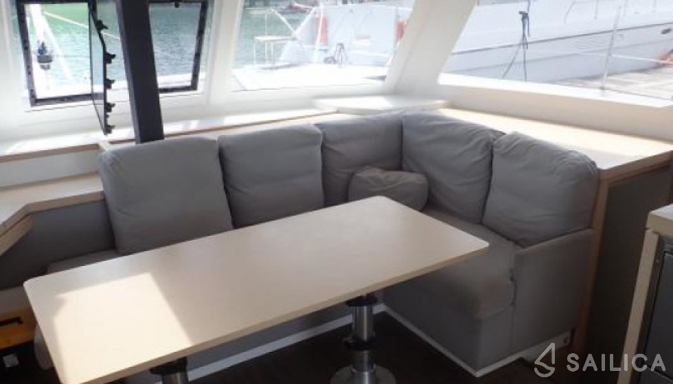 Fountaine Pajot 40 - Sailica Yacht Booking System #14