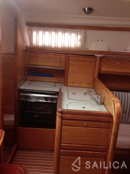 Bavaria 30 Cruiser - Sailica Yacht Booking System #5