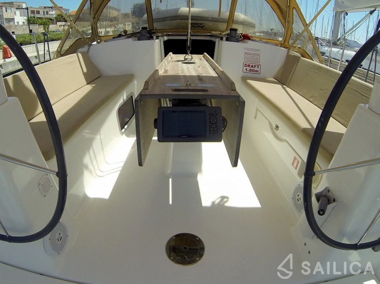 Dufour 335 Grand Large - Yacht Charter Sailica