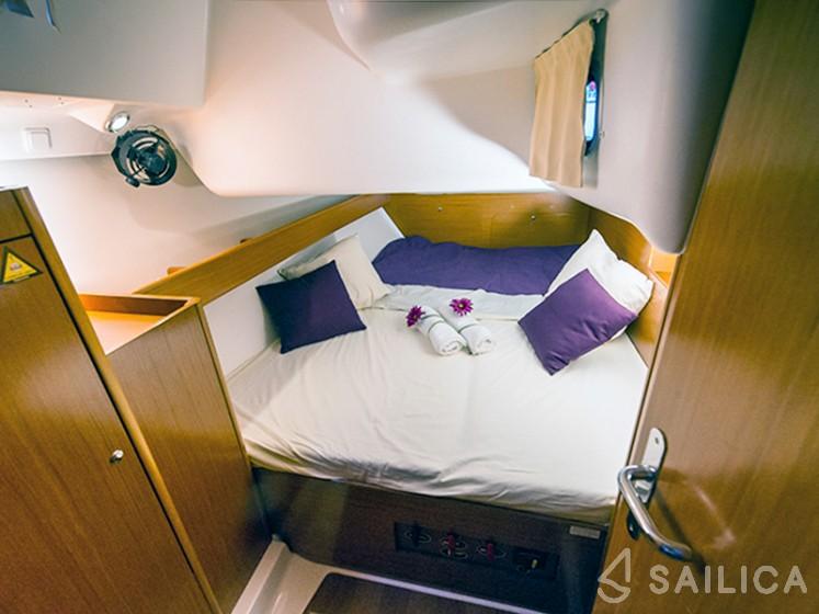 Beneteau Cyclades 43 - Yacht Charter Sailica