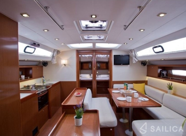 Rent Oceanis 50 Family in Greece - Sailica