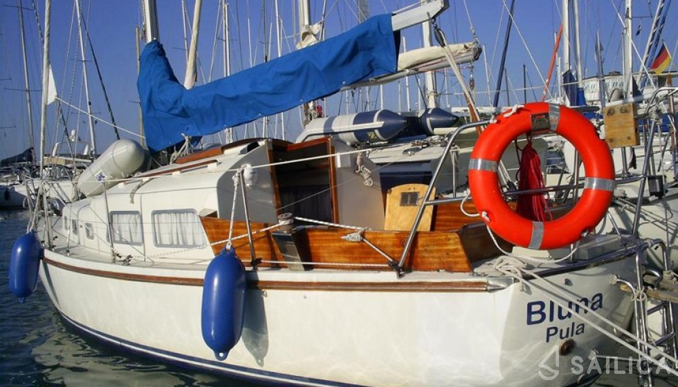 Contest 27 - Yacht Charter Sailica