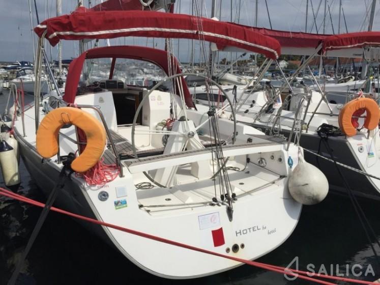 Elan 340 - Yacht Charter Sailica