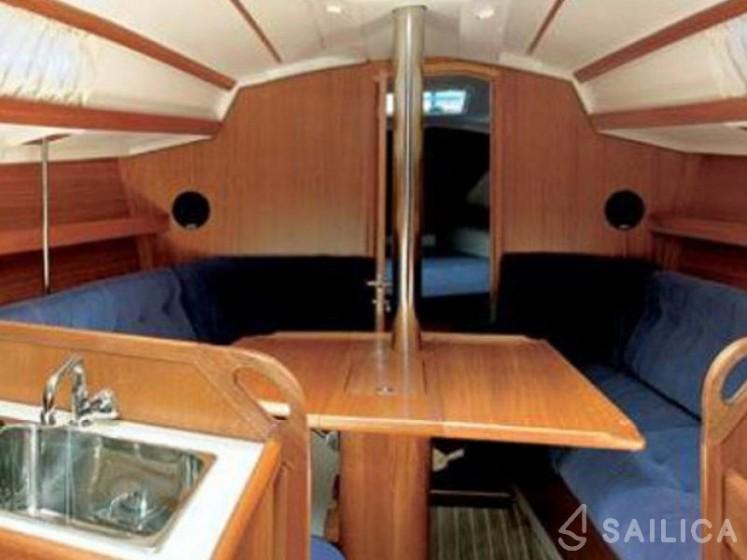 Elan 333 - Yacht Charter Sailica