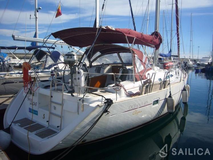 Beneteau Clipper 42.3 - Yacht Charter Sailica