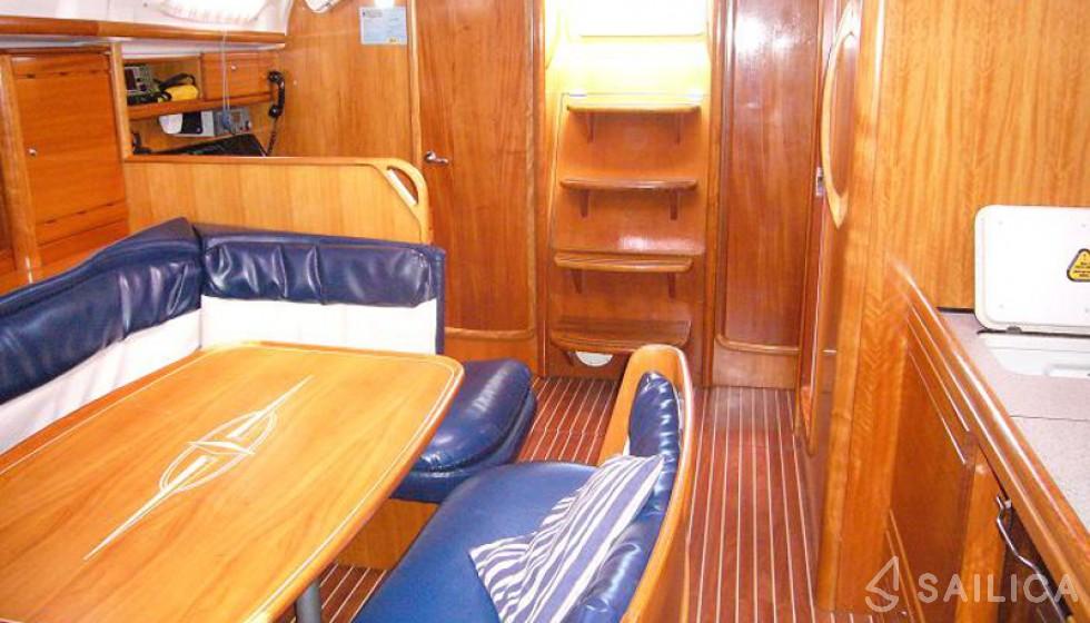 Bavaria 39 Cruiser-8 - Yacht Charter Sailica