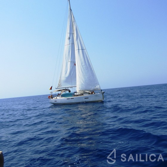 Sun Odyssey 409 - Yacht Charter Sailica