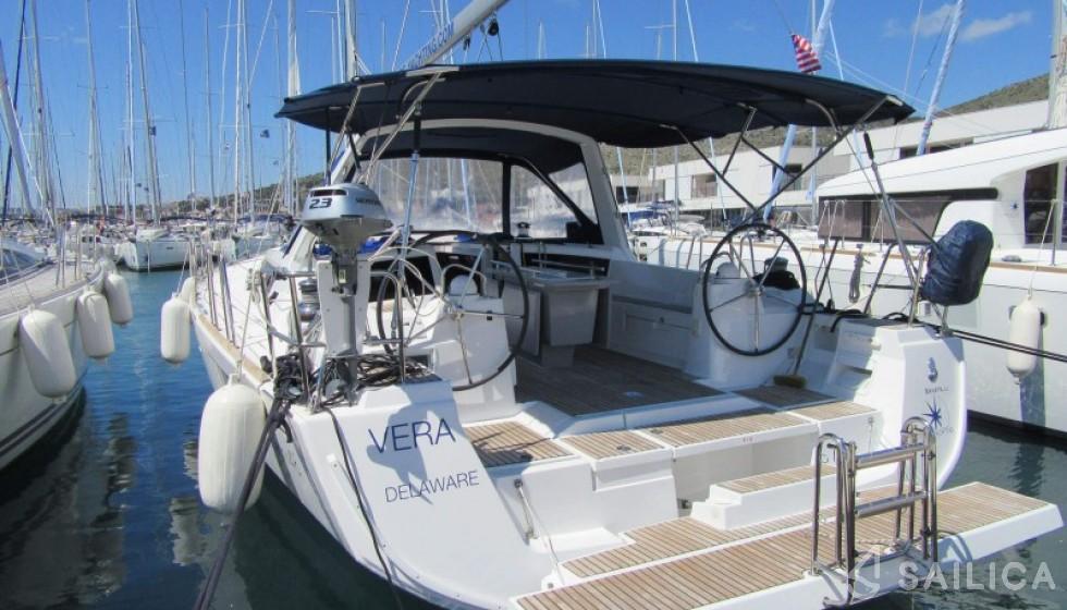 Rent Oceanis 48-5. in Croatia - Sailica