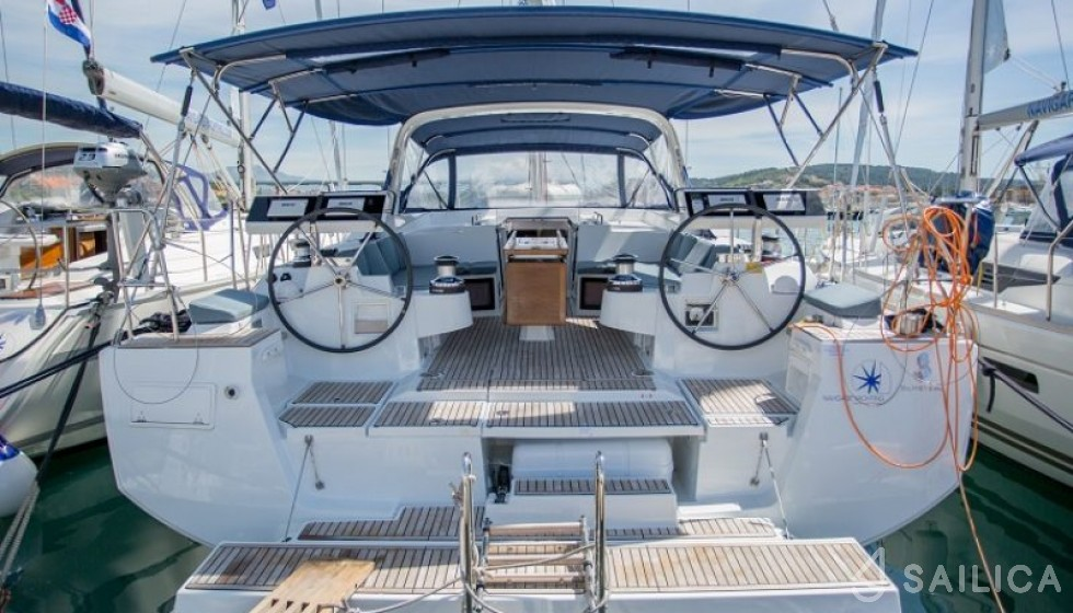 Rent Oceanis 55 in Croatia - Sailica