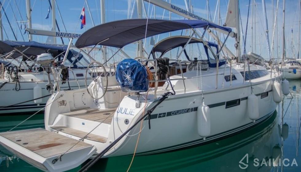 Bavaria Cruiser 41 - Чартер яхт Sailica
