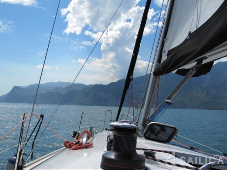 Nautiner 30S Race - Sailica Yacht Booking System #10
