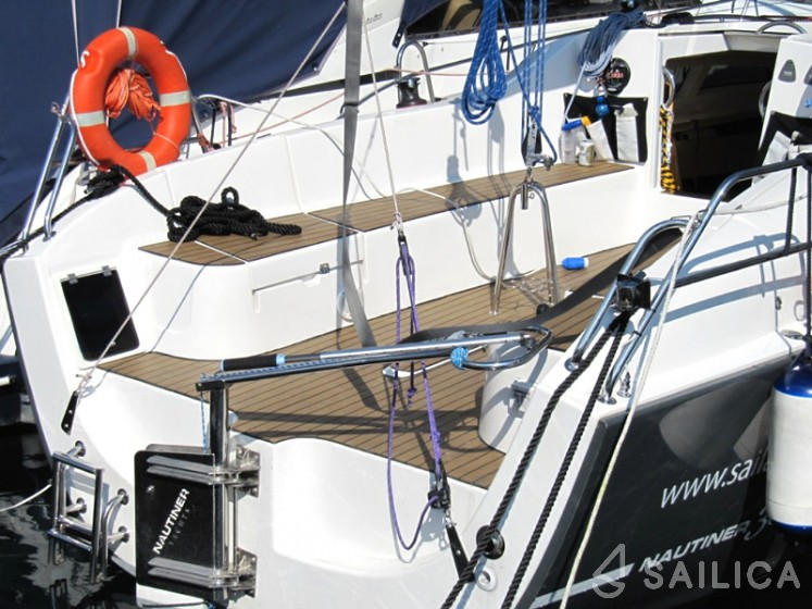 Nautiner 30S Race - Sailica Yacht Booking System #8