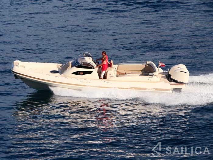 MAR-CO e-motion 32 - Yacht Charter Sailica