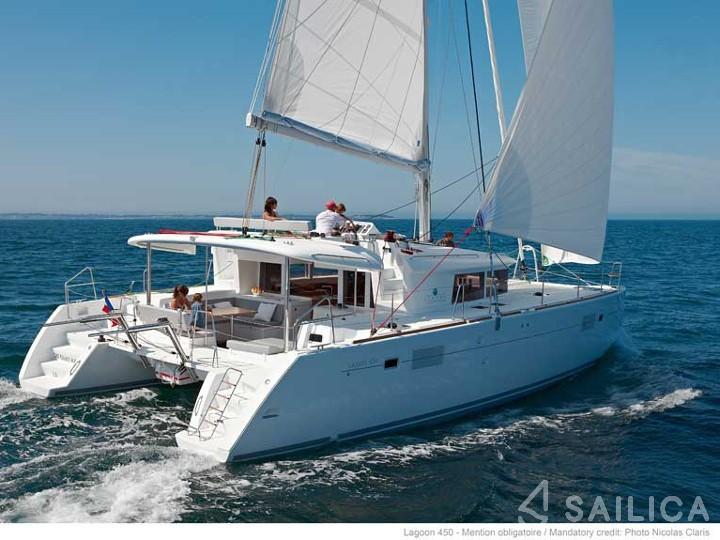Rent Lagoon 450 in Martinique - Sailica