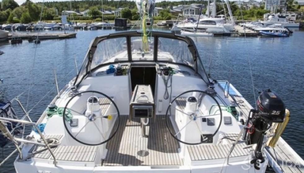 Rent Dufour 375 GL in Sweden - Sailica