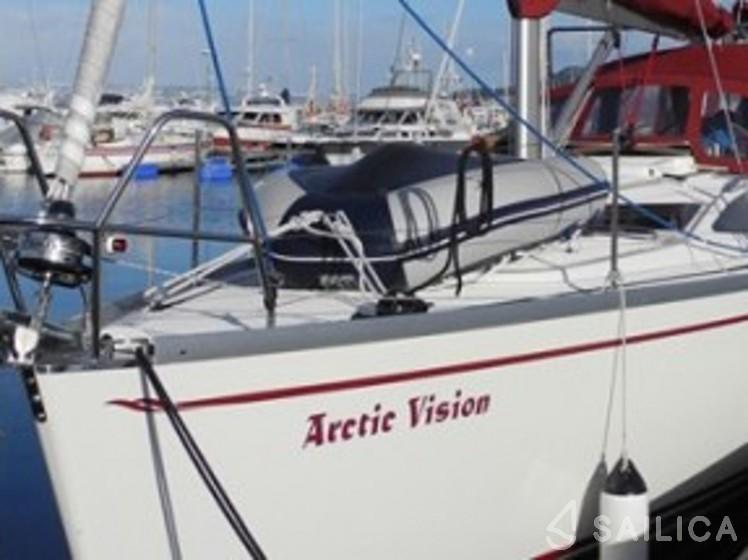 Delphia 37 - Yacht Charter Sailica