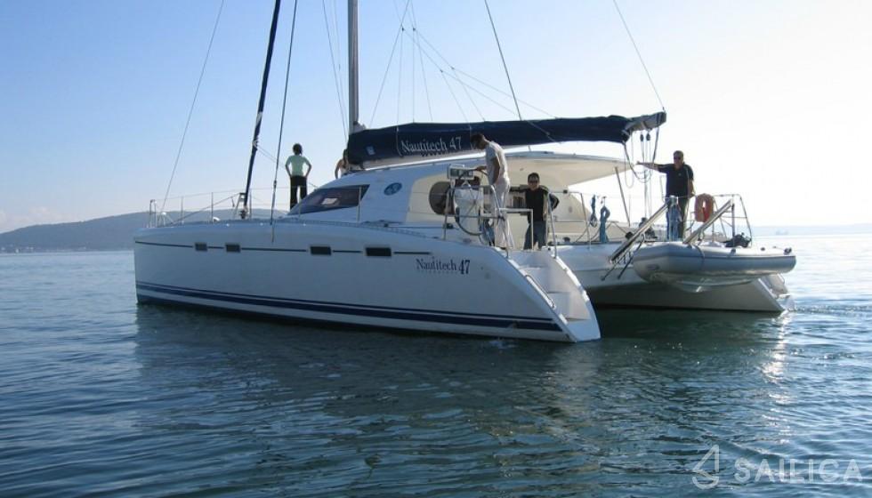 Nautitech 47 - Yacht Charter Sailica