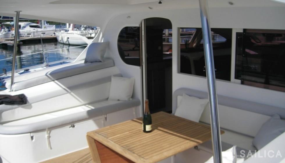 Nautitech 47 - Sailica Yacht Booking System #5