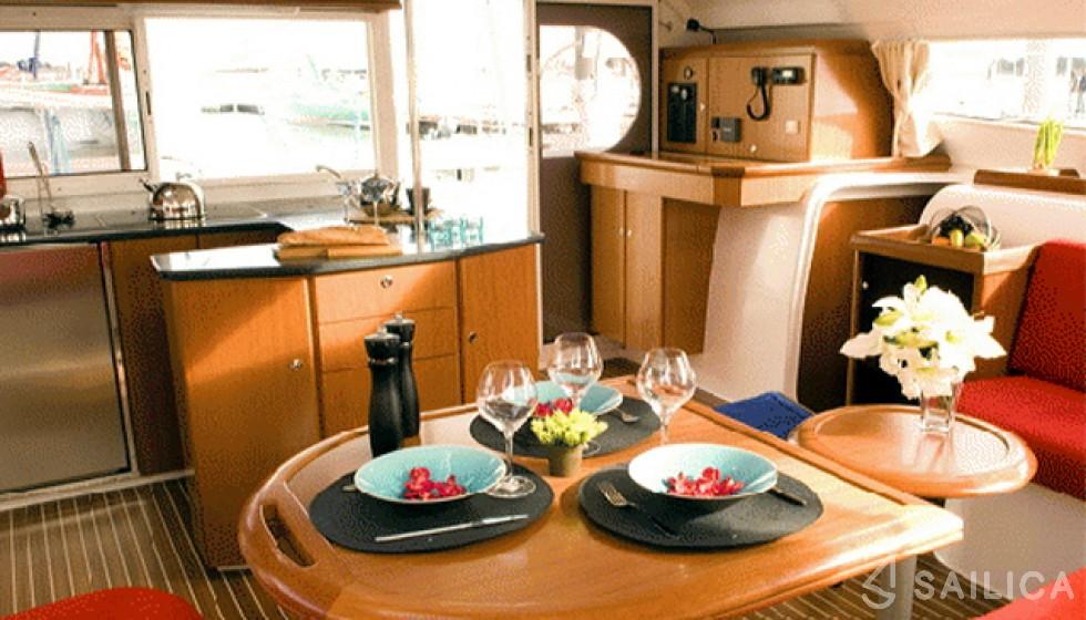 Nautitech 47 - Sailica Yacht Booking System #9
