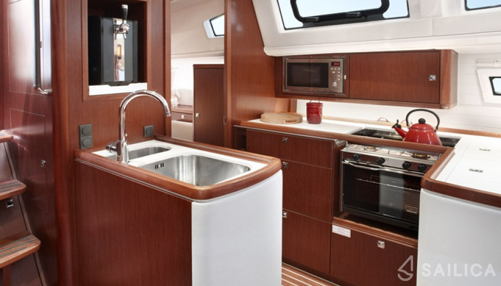Bavaria Vision 46 - Sailica Yacht Booking System #8