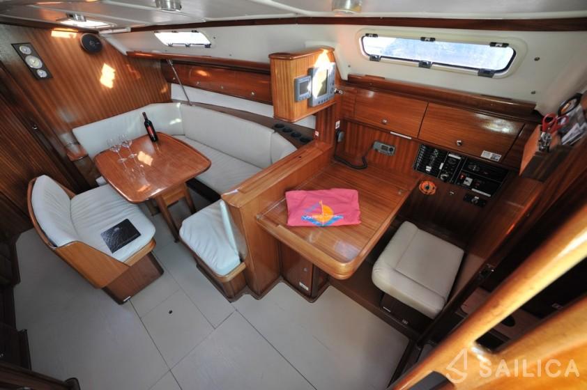 Bavaria 38 - Yacht Charter Sailica