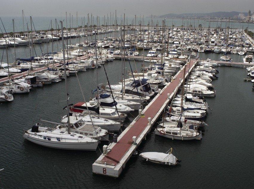 Port Aiguadolc - Yacht Charter Sailica