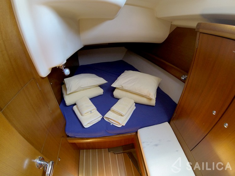 Grand Soleil 45 - Sailica Yacht Booking System #17