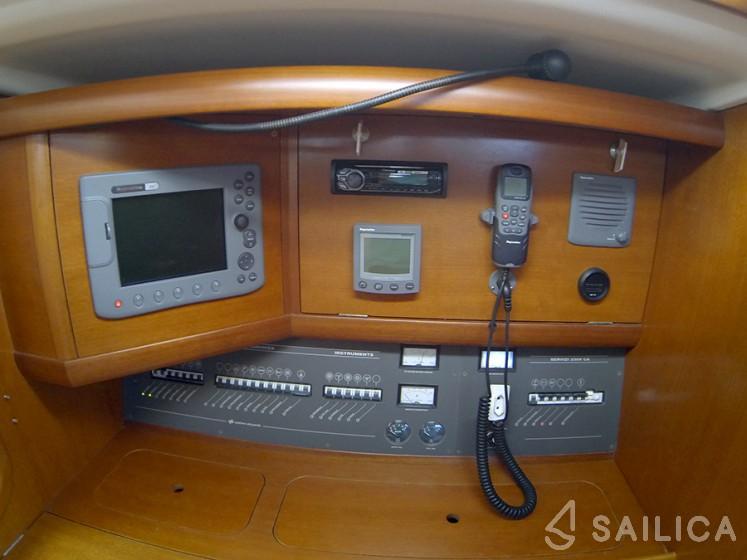 Grand Soleil 45 - Sailica Yacht Booking System #13