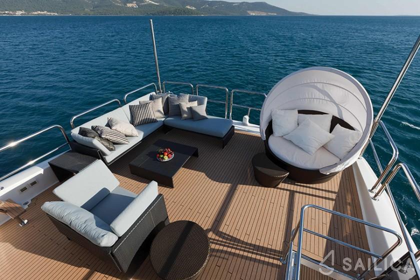 Johnson 87 - Yacht Charter Sailica