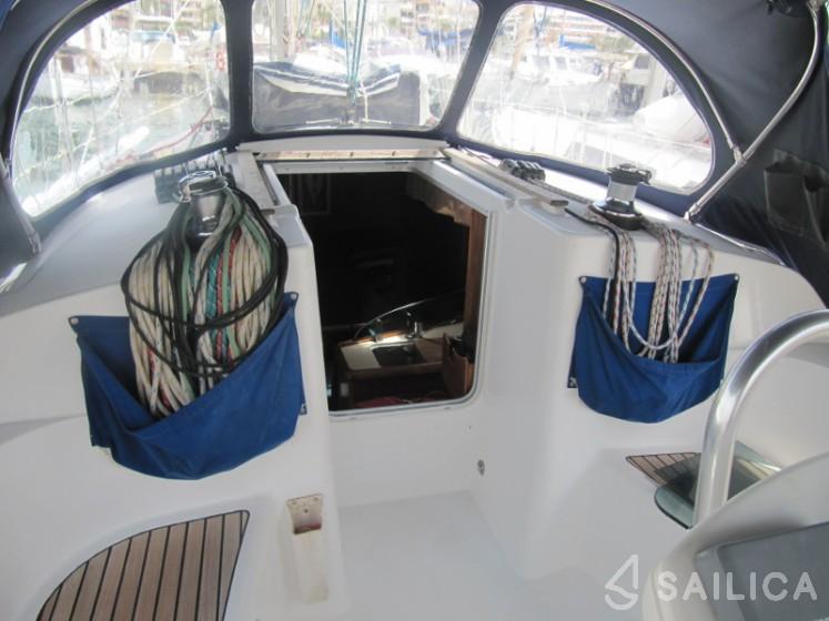 Rent Sun Odyssey 35 in Spain - Sailica
