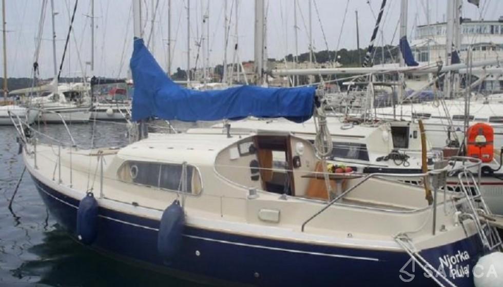 Dehler 83 - Yacht Charter Sailica