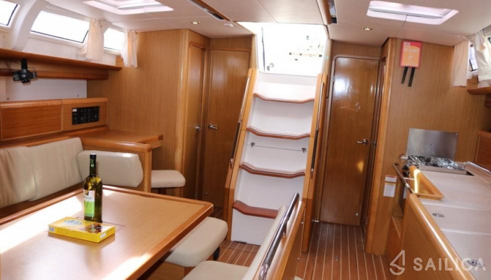 Jeanneau 44i - Sailica Yacht Booking System #6