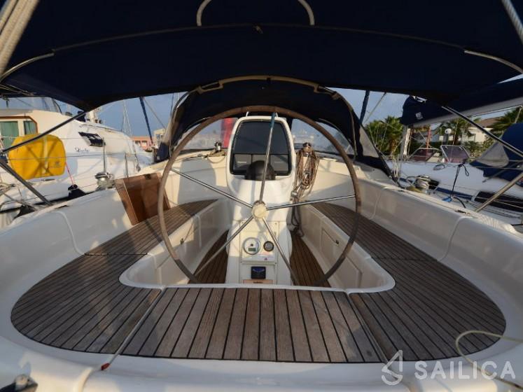 Bavaria 39 Cruiser - Yacht Charter Sailica
