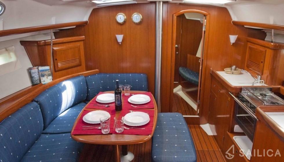 Beneteau 393 - Yacht Charter Sailica