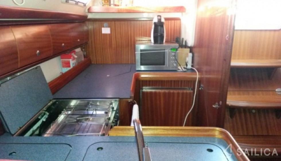 Bavaria 41 - 2 cab. - Sailica Yacht Booking System #5