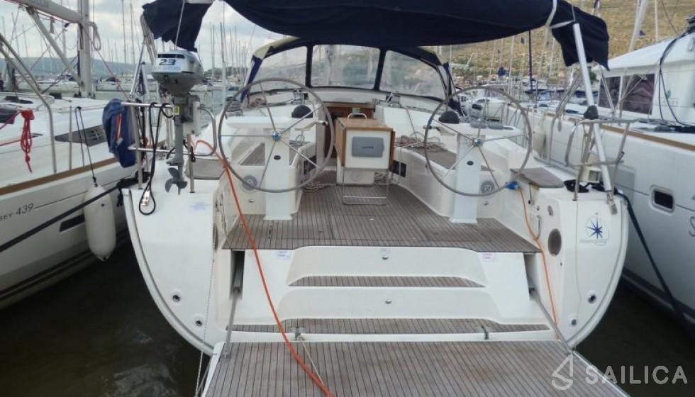 Bavaria Cruiser 45 - Чартер яхт Sailica