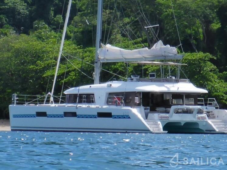 Lagoon 620 - incl. crew & full board - Yacht Charter Sailica