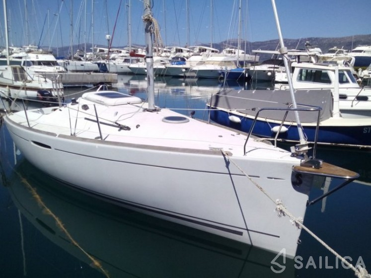 Rent Beneteau First 21.7 in Croatia - Sailica