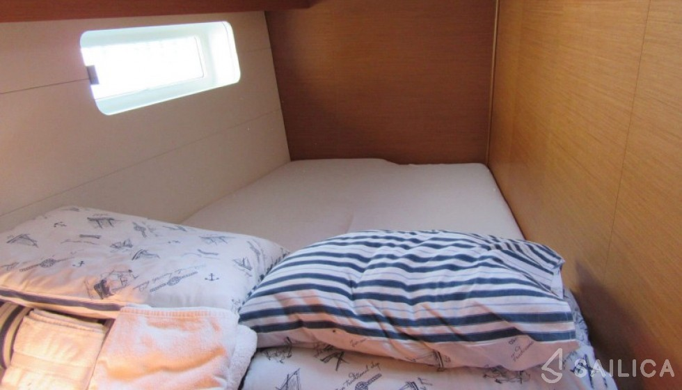 Jeanneau 54 - 5 cab - Sailica Yacht Booking System #6