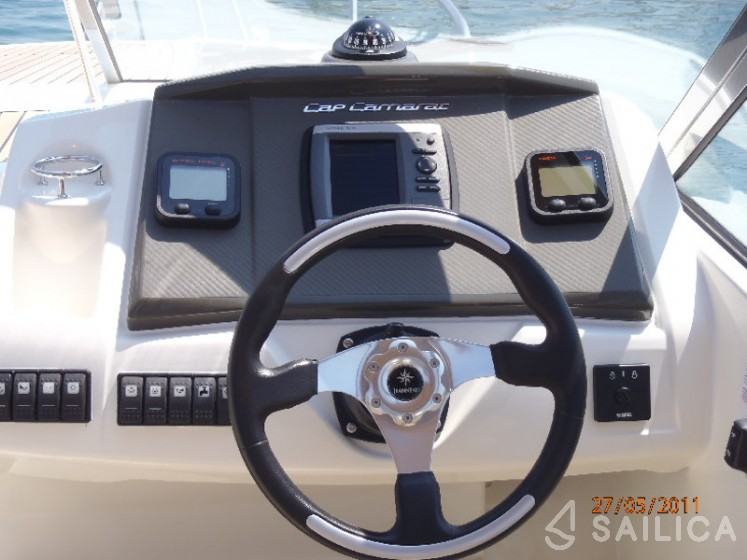 Cap Camarat 7.5 CC - Yacht Charter Sailica