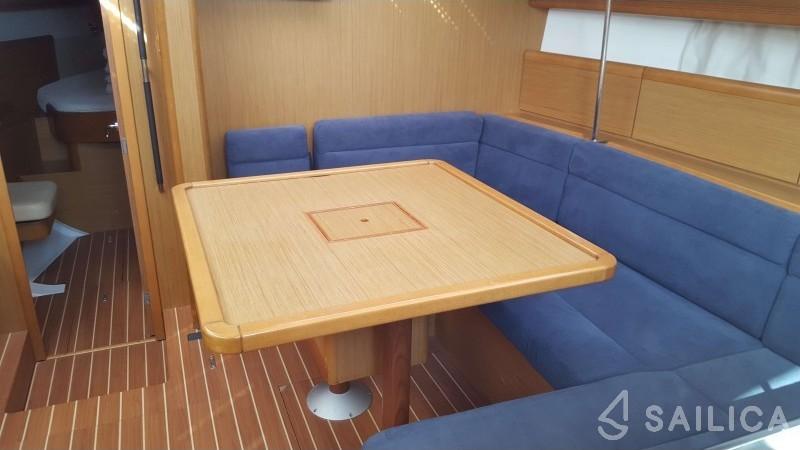 Sun Odyssey 45DS - Yacht Charter Sailica