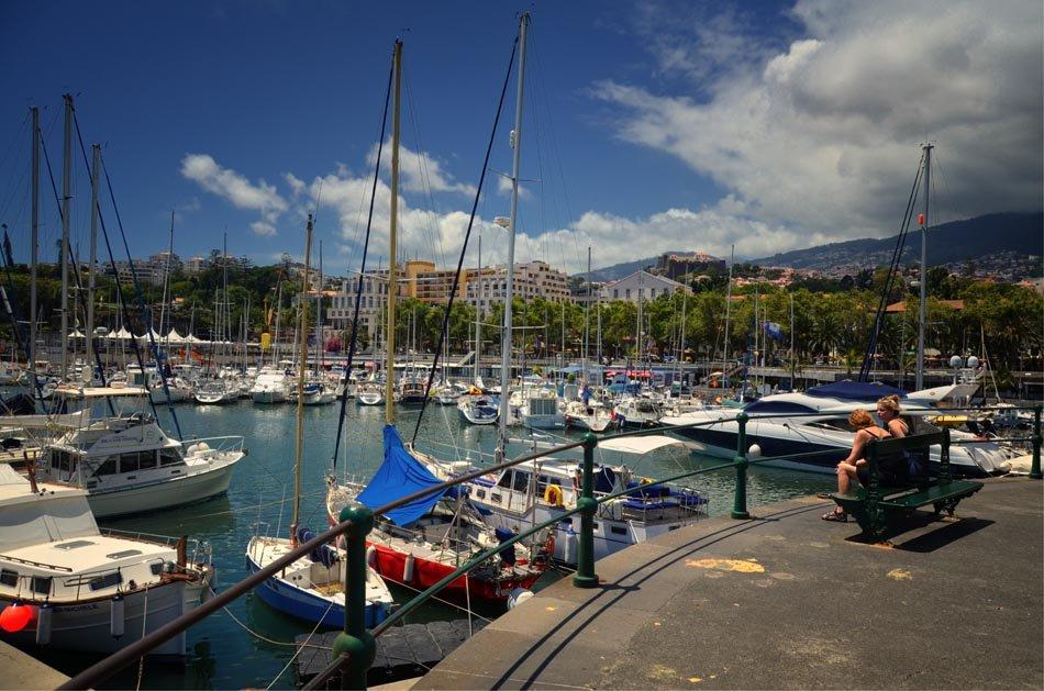 Marina do Funchal - Yacht Charter Sailica