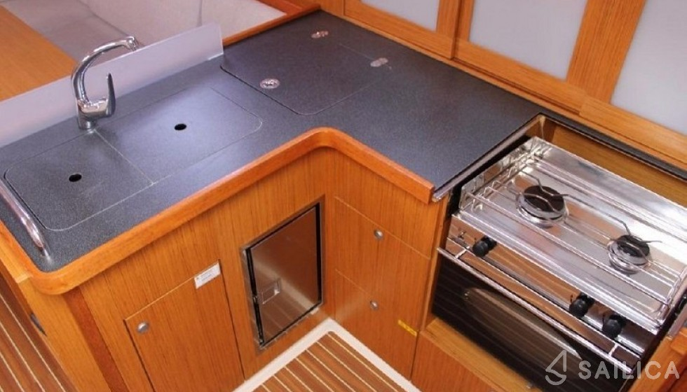 Hanse 400 - Sailica Yacht Booking System #12