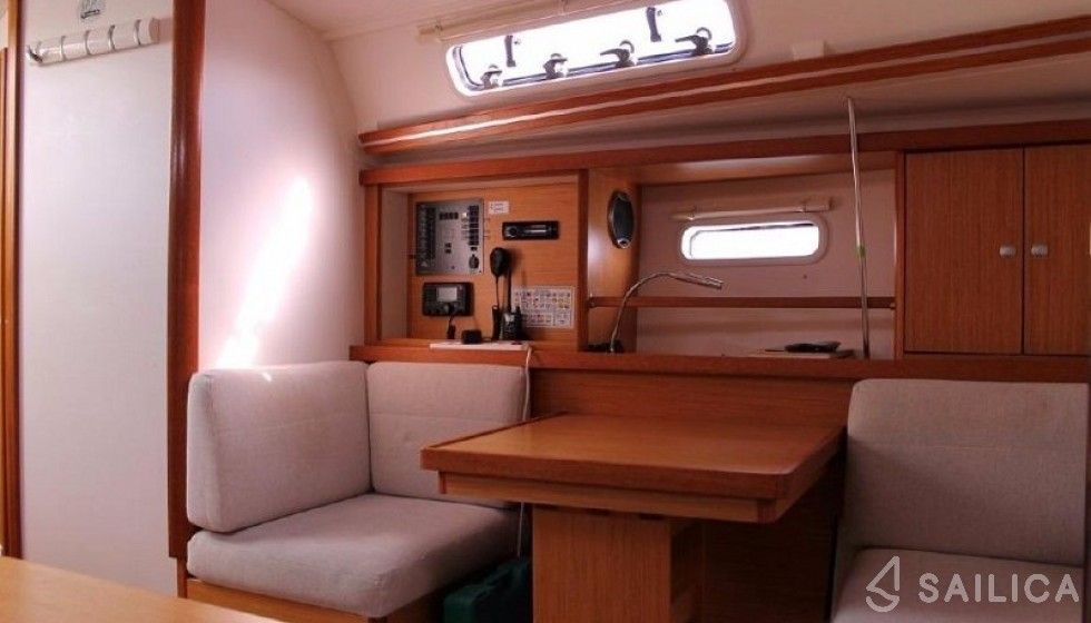 Hanse 400 - Sailica Yacht Booking System #10