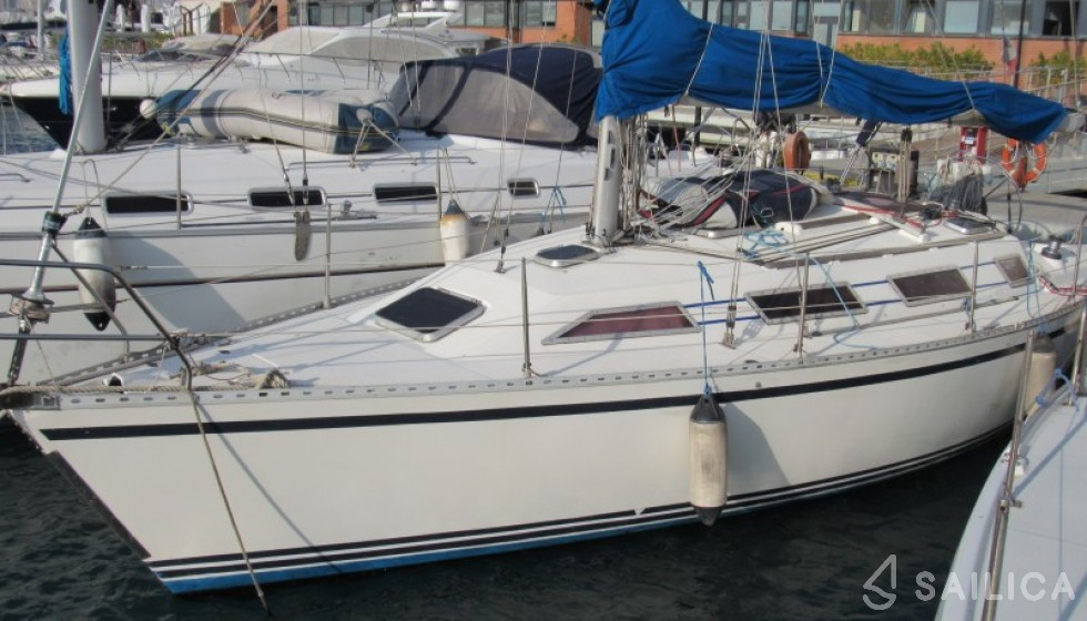 Gib Sea 352 - Sailica Yacht Booking System #4