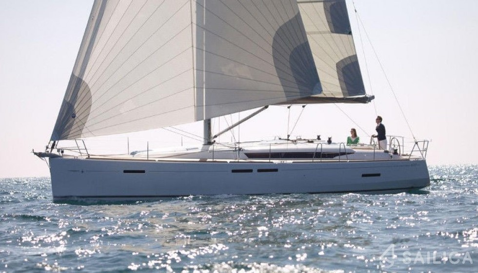 Jeanneau 449 in Mandraki Marina - Sailica