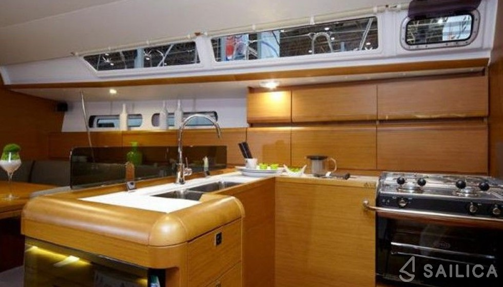 Jeanneau 449 - Sailica Yacht Booking System #6