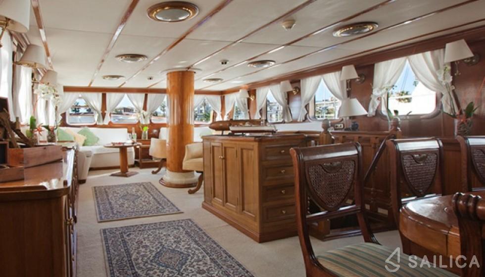 Yarrow & Co. Glasgow 35 - Sailica Yacht Booking System #10