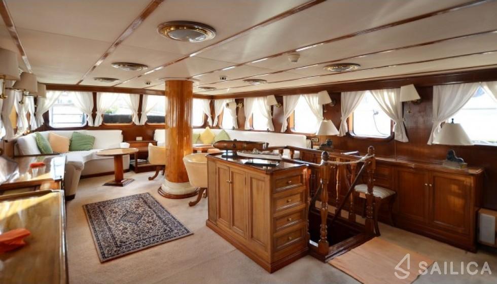 Yarrow & Co. Glasgow 35 - Sailica Yacht Booking System #6